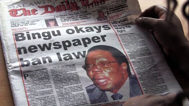 """""""Bingu okays newspaper ban law,"""" Daily Times March 1, 2011"""